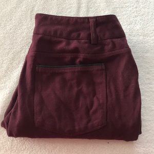 Maurices skinny ankle wine colored pants size M